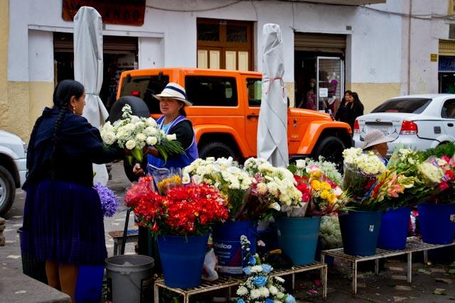 Marché aux fleurs-Cuenca-Equateur-3