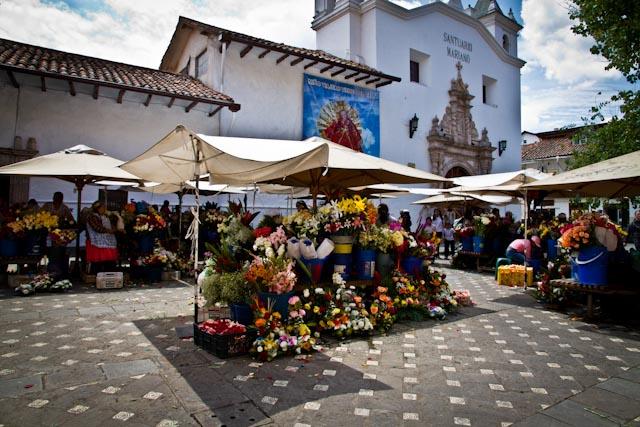 Marché aux fleurs- Cuenca-Equateur-1