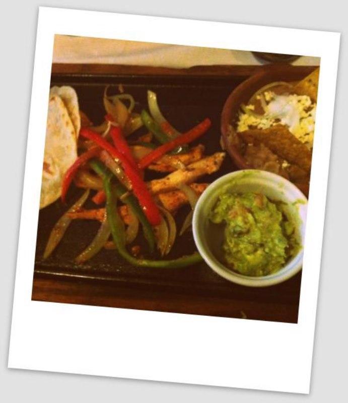 el-pedregal-azteca-restaurant-cuenca-equateur